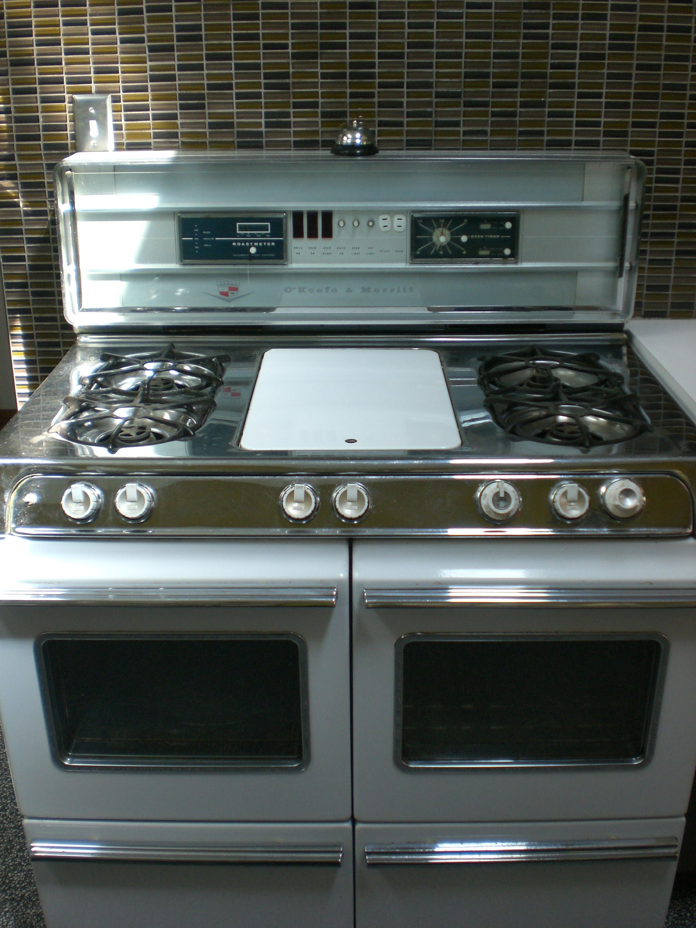 Kitchen Details: O'Keefe & Merritt Stove | Miller Beach Modern